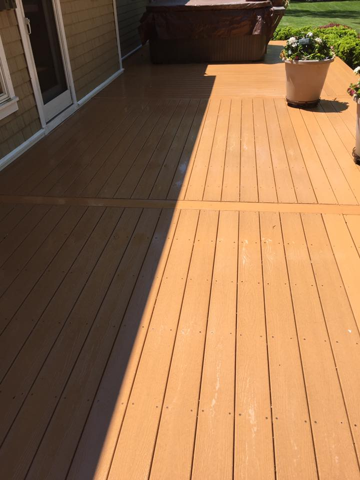 Deck Cleaning in Muttontown, NY