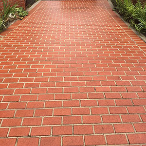 Cleaning Pool Pavers